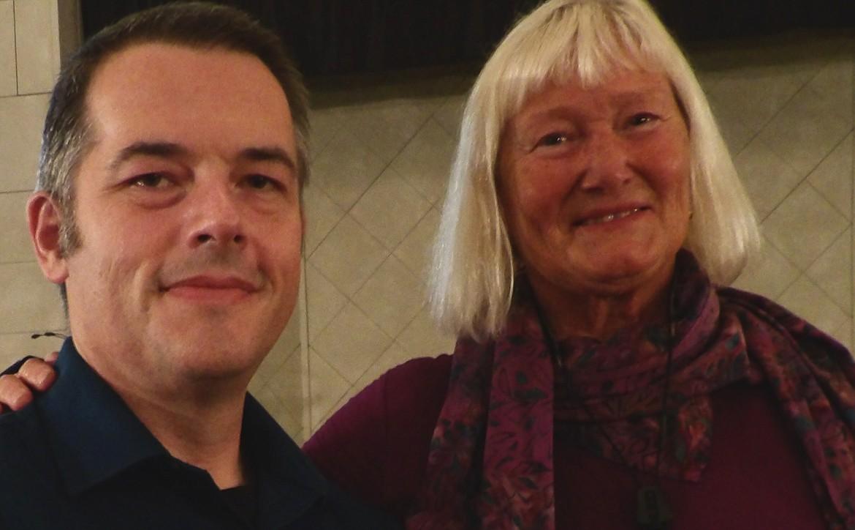 Accompanist Jeff Hunsaker and director Vicki Blake Thompson.