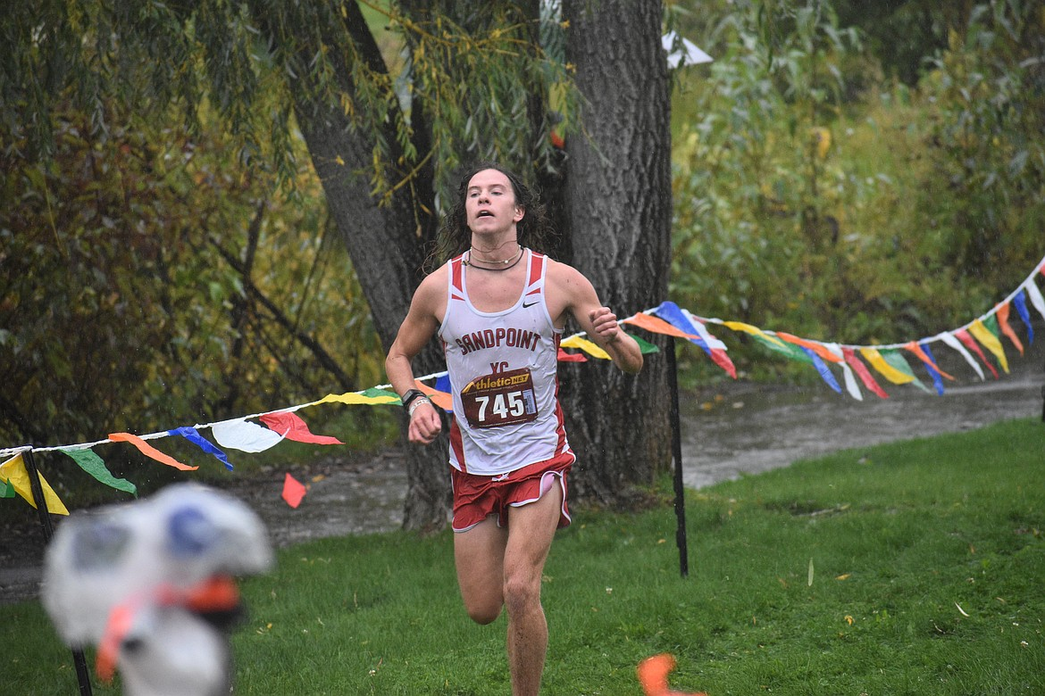 Jett Lucas closes in on the finish of Saturday's William Johnson Sandpoint Invitational.