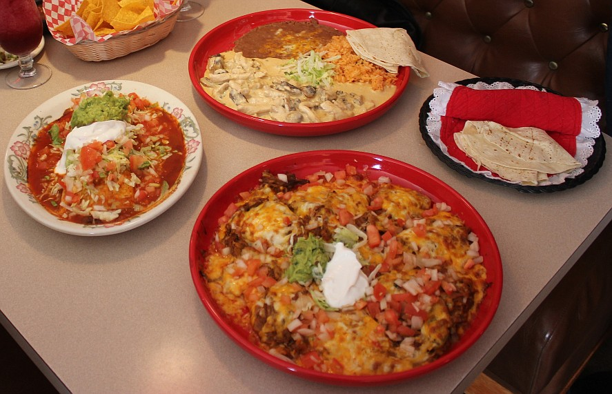 Mi Pueblo dishes (Photo by Rose Shababy)