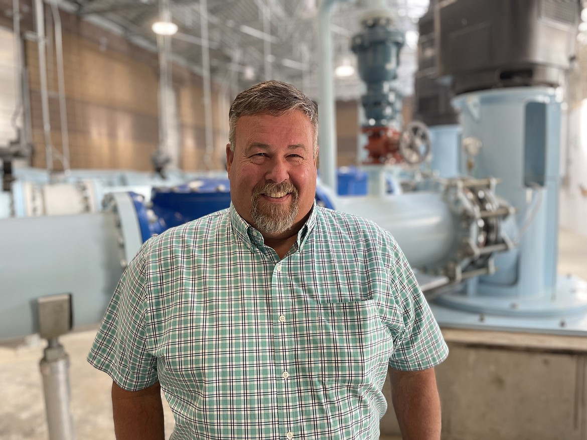 Craig Simpson, secretary manager of the East Columbia Basin Irrigation District, inside the EL 47.5 pump house.