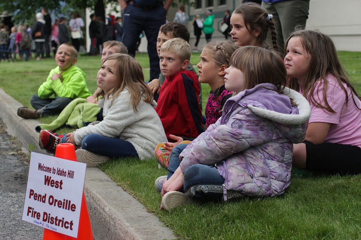 Students listen to a demonstration by the West Pend Oreille Fire District Wednesday at Idaho Hill Elementary.