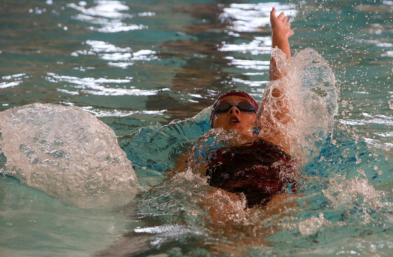 Freshman Julia Heaps starts the 200-yard medley relay for Moses Lake High School on Thursday.